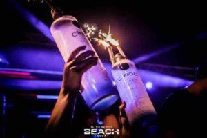 beachclub-venerdi-tavolo-prenotazione-tavoli-magnum