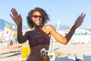 ostras-estate-2021-agosto-gazebo-lettini-spiaggia-ballare