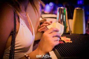 prezzi-beachclub-venerdi-estate-costo