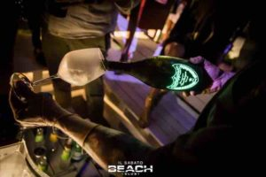 tavolo-beachclub-prive-domperignon-sabato-sbocciare