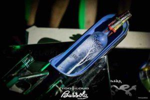 bussola-club-versilia-giovedi-2021-belvedere-vodka-tavolo